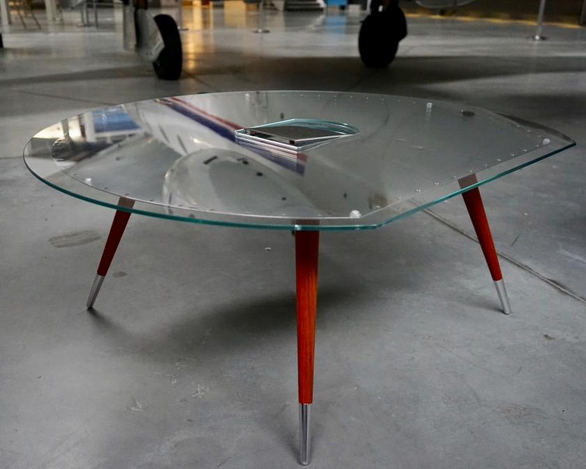 Mobilier aéronautique: Table CONCORDE